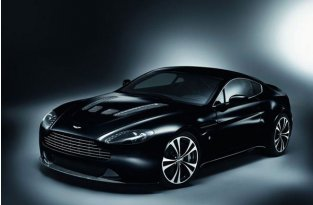 Aston Martin DBS Carbon Black Edition (5 фото)