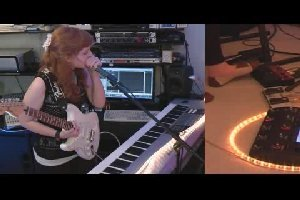 Feel Good Inc - Gorillaz Live Looped Cover от Josie Charlwood